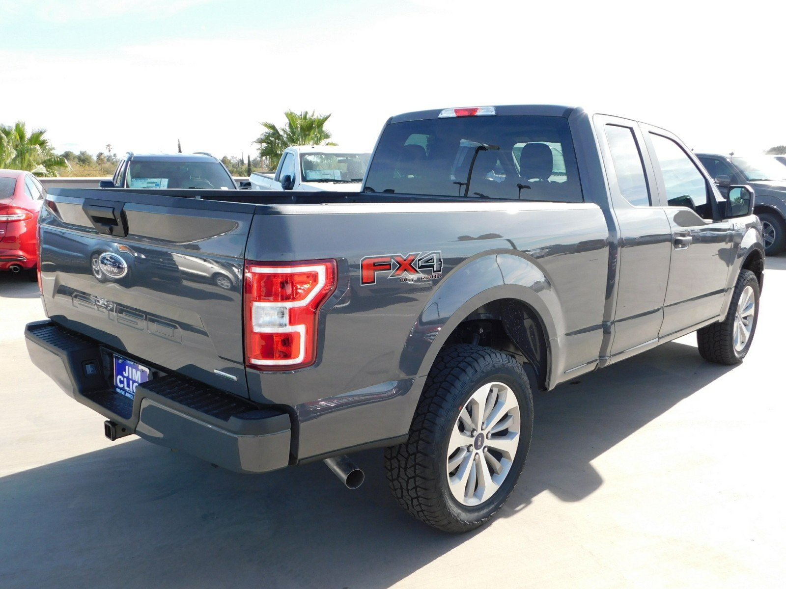2018 F-150 Super Cab 4x4, Pickup #J180788 - photo 4