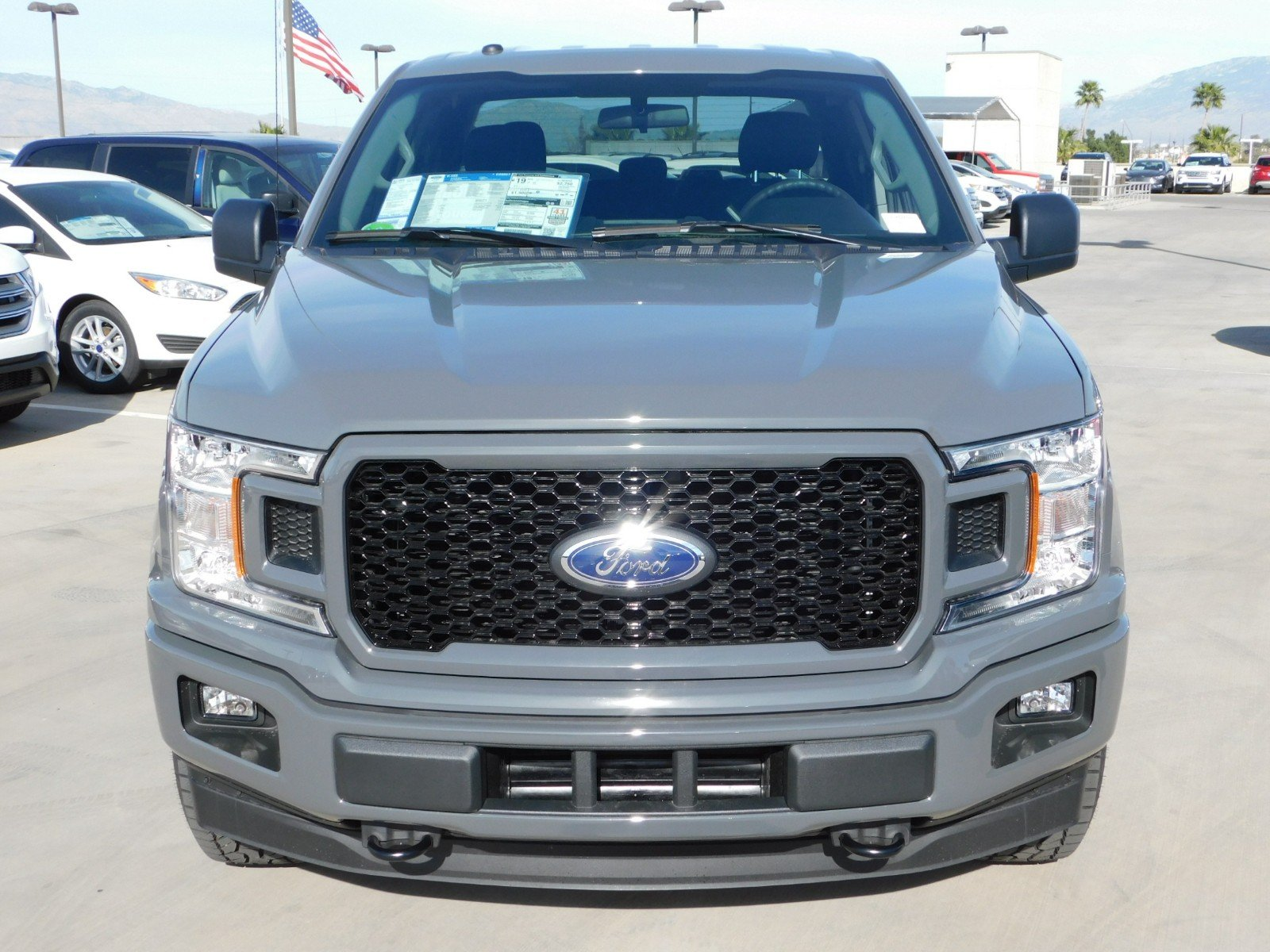 2018 F-150 Super Cab 4x4, Pickup #J180788 - photo 6