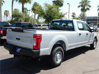2018 F-250 Crew Cab 4x2,  Pickup #J181512 - photo 2