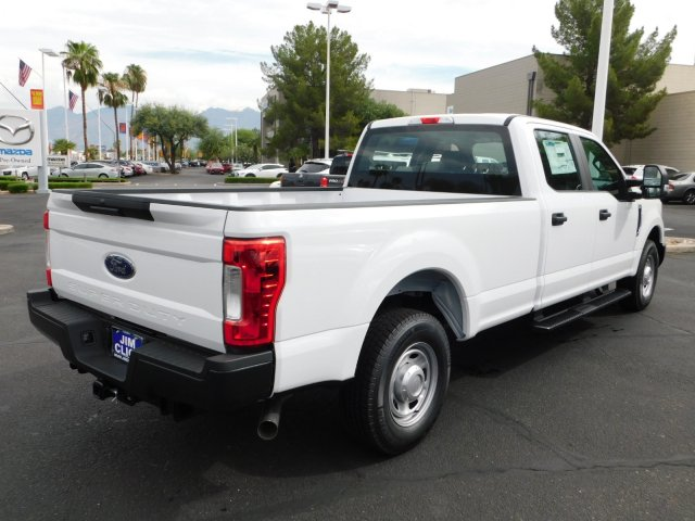2018 F-250 Crew Cab 4x2,  Pickup #J181560 - photo 4