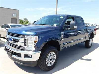2018 F-250 Crew Cab 4x4,  Pickup #J181578 - photo 1