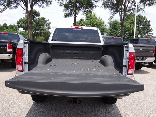 2018 Ram 3500 Crew Cab 4x4,  Pickup #ND7258 - photo 6