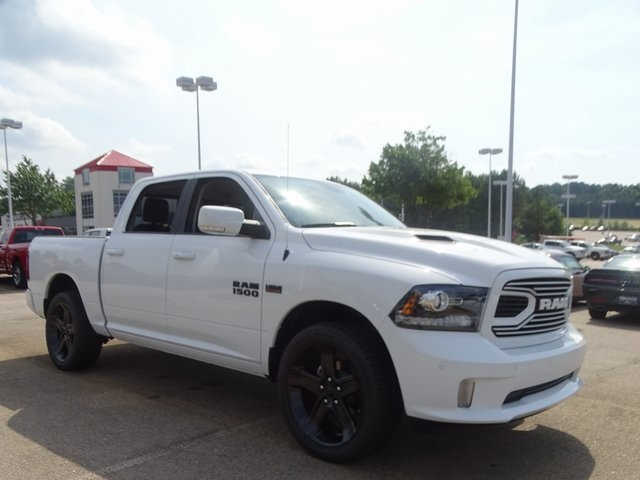 2018 Ram 1500 Crew Cab,  Pickup #ND7833 - photo 4