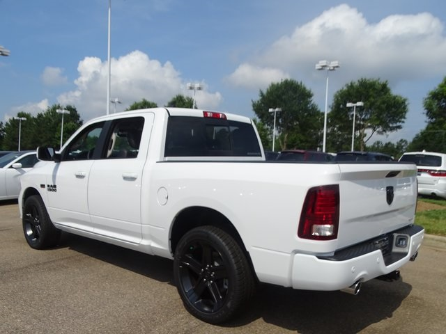 2018 Ram 1500 Crew Cab,  Pickup #ND7833 - photo 2