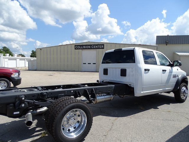 2018 Ram 5500 Crew Cab DRW 4x4,  Cab Chassis #ND8244 - photo 2