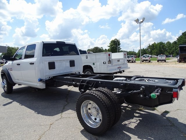 2018 Ram 5500 Crew Cab DRW 4x4,  Cab Chassis #ND8244 - photo 3