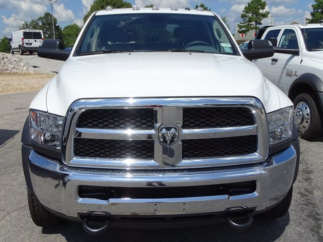 2018 Ram 5500 Crew Cab DRW 4x4,  Cab Chassis #ND8292 - photo 3
