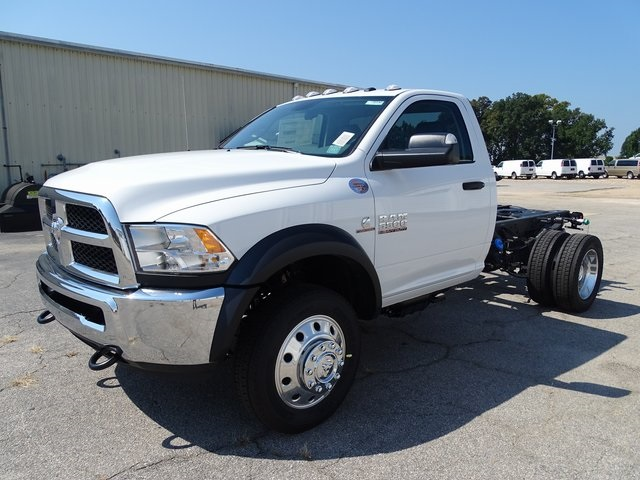 2018 Ram 5500 Regular Cab DRW 4x2,  Cab Chassis #ND8336 - photo 17