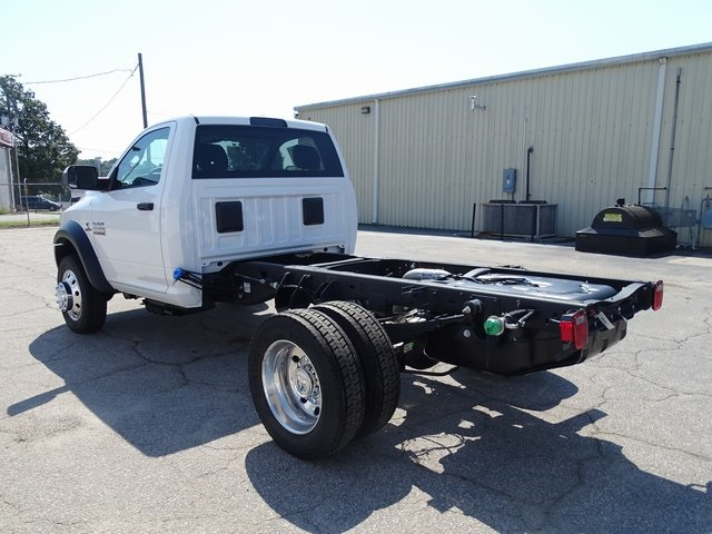 2018 Ram 5500 Regular Cab DRW 4x2,  Cab Chassis #ND8336 - photo 4