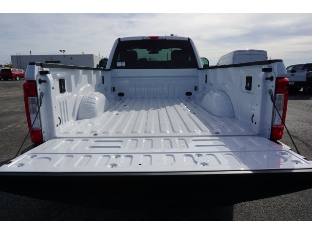 2017 F-250 Regular Cab 4x4 Pickup #17T2535 - photo 7