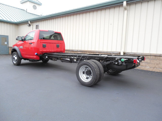 2017 Ram 5500 Regular Cab DRW 4x4 Cab Chassis #17381 - photo 2