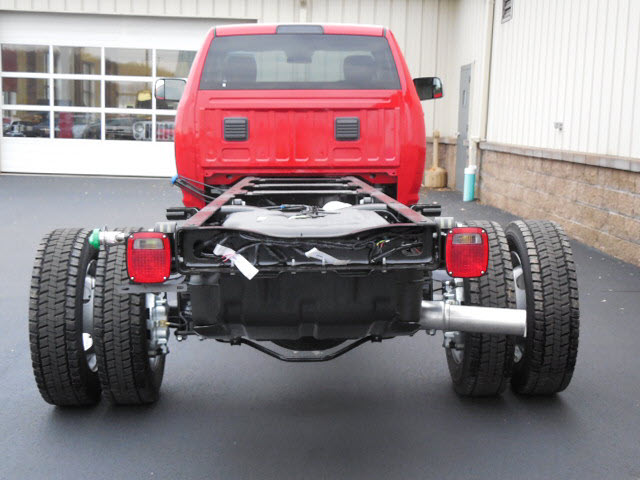 2017 Ram 5500 Regular Cab DRW 4x4 Cab Chassis #17381 - photo 5