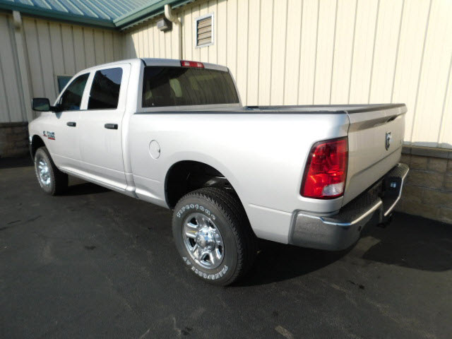 2018 Ram 2500 Crew Cab 4x4 Pickup #18105 - photo 2