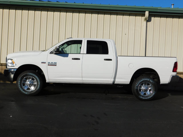 2018 Ram 2500 Crew Cab 4x4, Pickup #18113 - photo 4