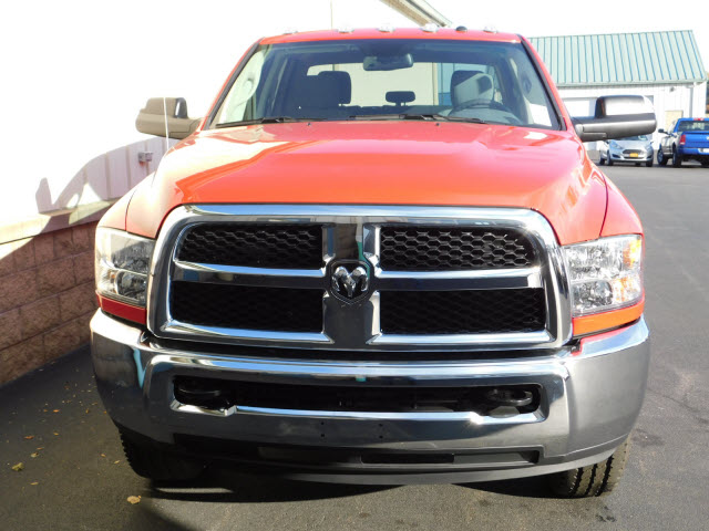 2018 Ram 2500 Crew Cab 4x4 Pickup #18115 - photo 3