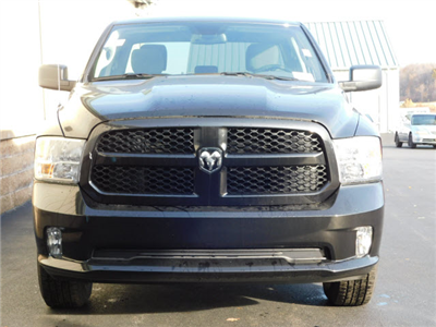 2018 Ram 1500 Quad Cab 4x4 Pickup #18237 - photo 3