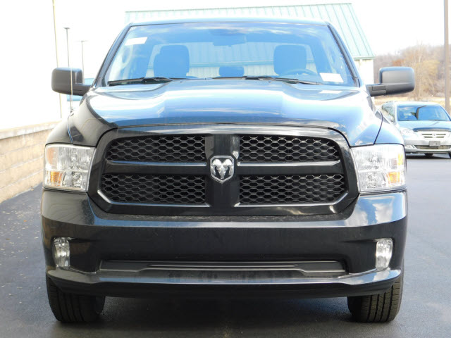 2018 Ram 1500 Quad Cab 4x4, Pickup #18253 - photo 3