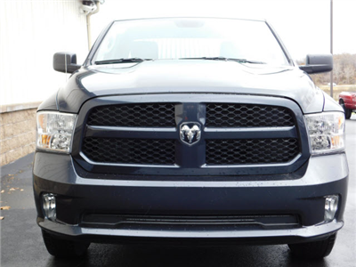 2018 Ram 1500 Quad Cab 4x4 Pickup #18256 - photo 3