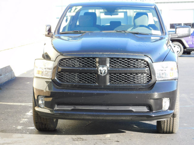 2017 Ram 1500 Quad Cab 4x4 Pickup #18266 - photo 3