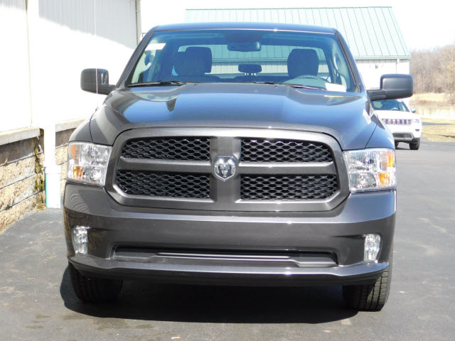 2018 Ram 1500 Quad Cab 4x4, Pickup #18442 - photo 3