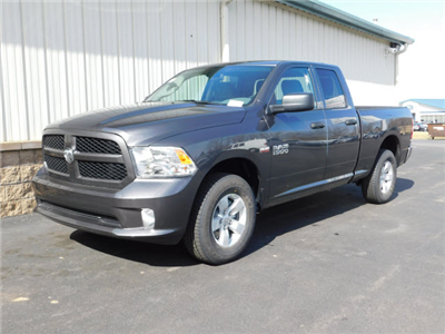 2018 Ram 1500 Quad Cab 4x4, Pickup #18442 - photo 1