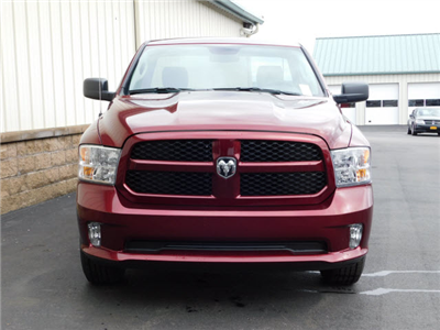 2018 Ram 1500 Regular Cab 4x4, Pickup #18452 - photo 3