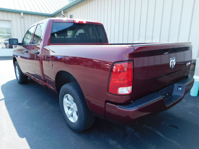 2018 Ram 1500 Quad Cab 4x4, Pickup #18633 - photo 2