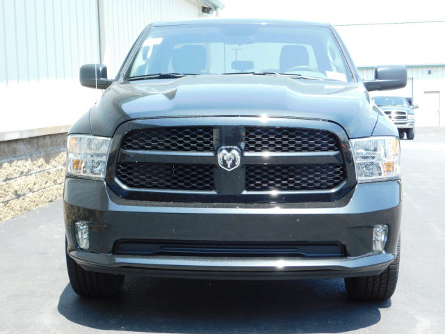 2018 Ram 1500 Quad Cab 4x4,  Pickup #18667 - photo 3