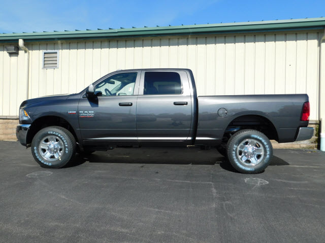 2018 Ram 2500 Crew Cab 4x4,  Pickup #18751 - photo 4