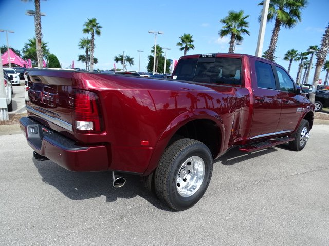 2018 Ram 3500 Crew Cab DRW 4x4,  Pickup #IT-R18620 - photo 5