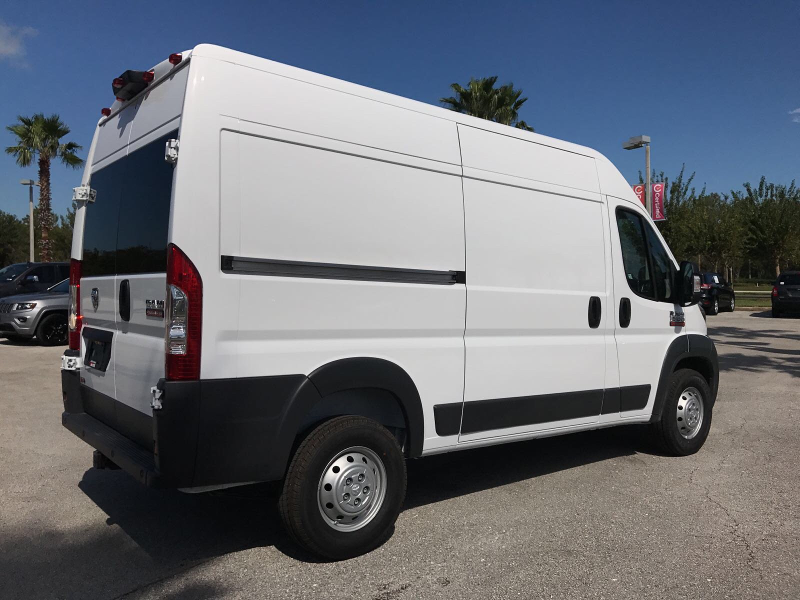 2018 ProMaster 1500 High Roof 4x2,  Empty Cargo Van #R18003 - photo 5