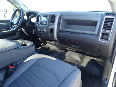 2018 Ram 5500 Regular Cab DRW 4x4,  Cab Chassis #R18326 - photo 12