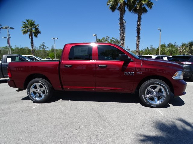 2018 Ram 1500 Crew Cab 4x2,  Pickup #R18334 - photo 3