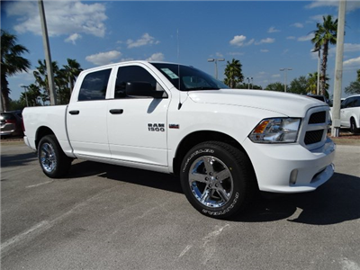2018 Ram 1500 Crew Cab,  Pickup #R18351 - photo 3