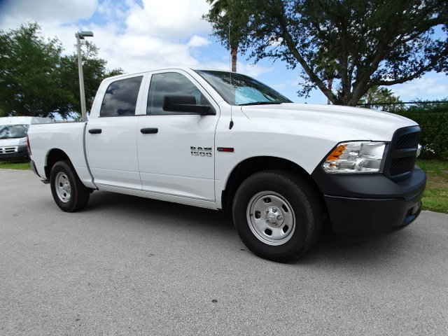 2018 Ram 1500 Crew Cab 4x2,  Pickup #R18396 - photo 3