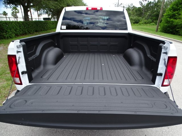 2018 Ram 1500 Crew Cab 4x2,  Pickup #R18396 - photo 11