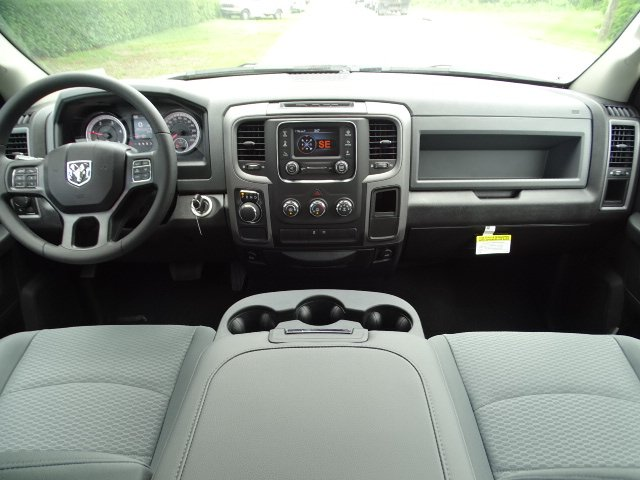 2018 Ram 1500 Crew Cab 4x2,  Pickup #R18396 - photo 13