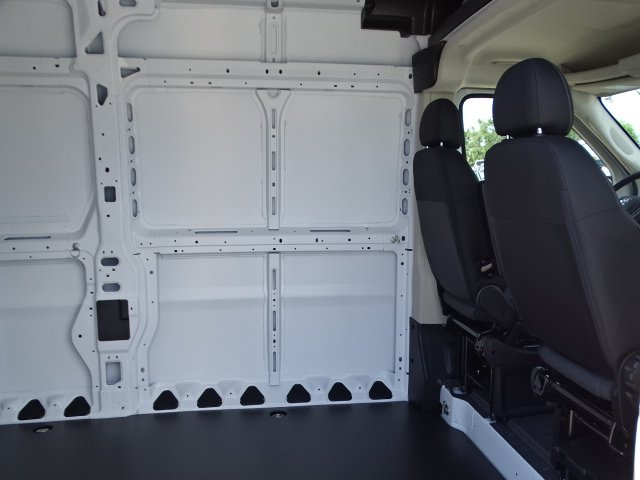 2018 ProMaster 2500 High Roof 4x2,  Empty Cargo Van #R18422 - photo 13
