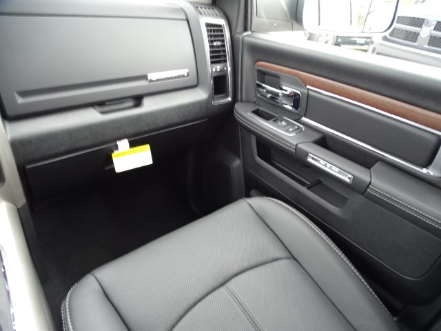 2018 Ram 1500 Crew Cab 4x4,  Pickup #R18432 - photo 17