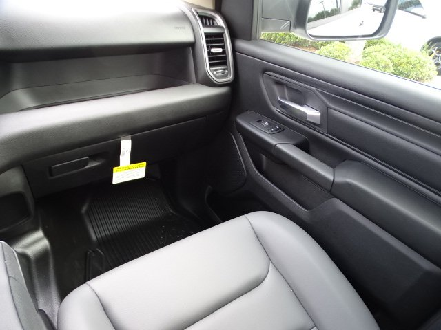 2019 Ram 1500 Crew Cab 4x2,  Pickup #R19051 - photo 16