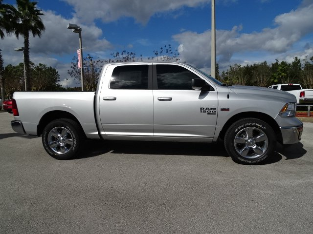 2019 Ram 1500 Crew Cab 4x2,  Pickup #R19353 - photo 4