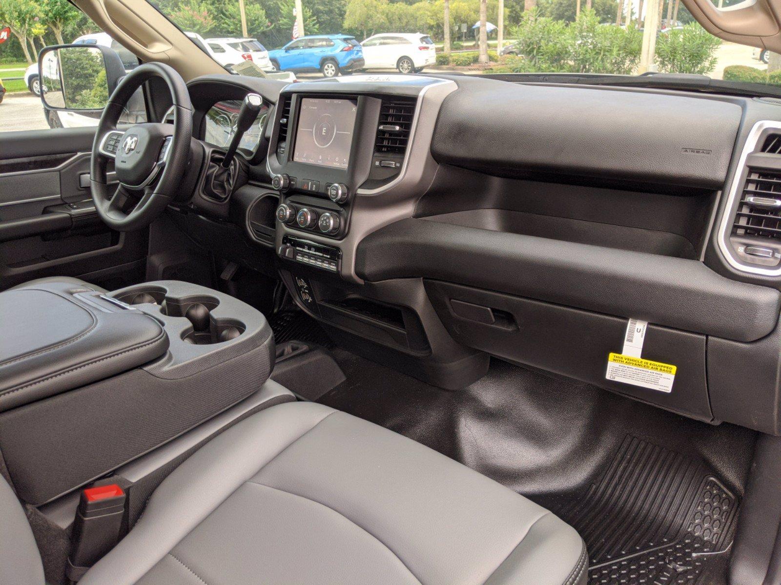 2020 Ram 4500 Regular Cab DRW 4x4, Cab Chassis #R20203 - photo 19