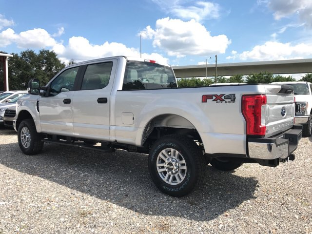 2017 F-250 Crew Cab 4x4 Pickup #H7073 - photo 4
