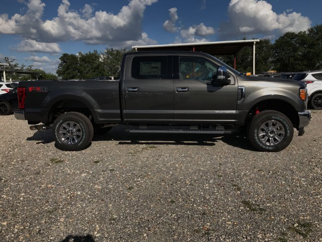 2017 F-250 Crew Cab 4x4 Pickup #H7252 - photo 3