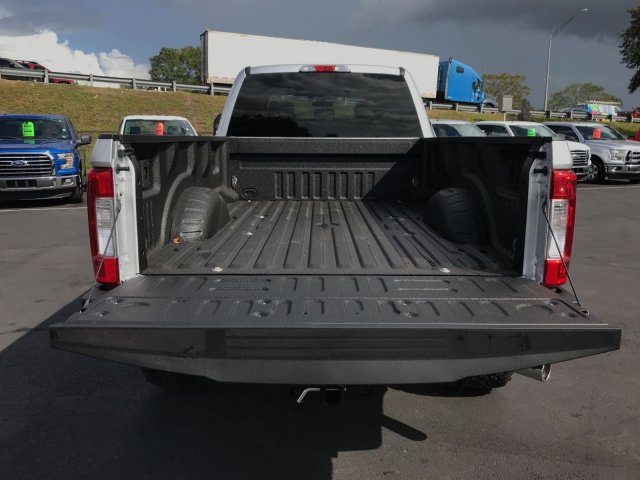 2017 F-250 Crew Cab 4x4 Pickup #H7382 - photo 10