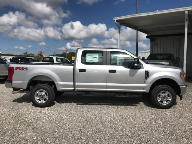 2017 F-250 Crew Cab 4x4 Pickup #H7405 - photo 3