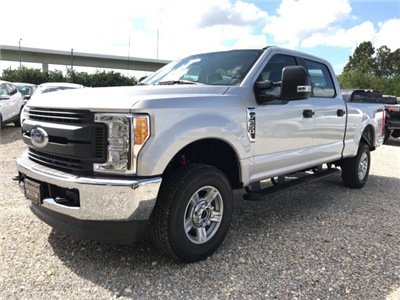 2017 F-250 Crew Cab 4x4 Pickup #H7405 - photo 6