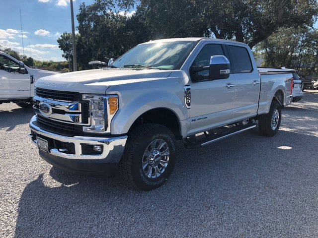 2017 F-250 Crew Cab 4x4 Pickup #H7867 - photo 6