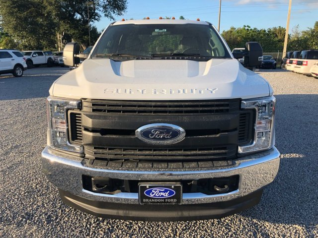 2017 F-350 Crew Cab DRW 4x4, Knapheide Flatbed Body #H8080 - photo 7