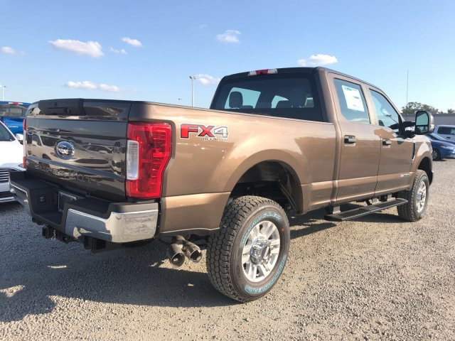2017 F-350 Crew Cab 4x4, Pickup #H8231 - photo 2